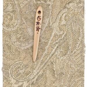 Naalbinding / Nalbinding Needle Prim Cedar Wood (3 6/8 Inches Long) Norse Weaving Needle, Norse Knitting Needle, Circle Weaving