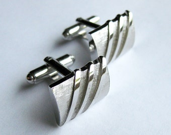 Men's Silver Gentlemens Cuff Links - Minimalist Geometric Modern Design - Groom Groomsmen Shields IN BOX