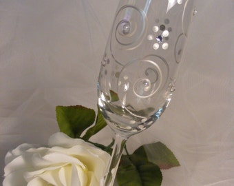 Bride Champagne flute flutes with pearls and crystals for bridal shower,  Bride, mother of the bride or groom