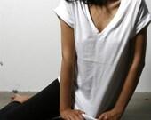 Womens tshirt, Basic Shirts, Cotton Shirt, Handmade Cotton White Tee, white tshirts, vneck shirts, vneck tees, vneck cotton, vneck womens