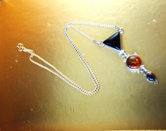 Art deco style vintage 90s sterling silver necklace with a dangle geometric figures of  the  black onyx and amber pendant.