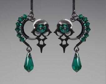 Hekate II v13: Bold emerald Swarovski crystal steampunk wire wrapped earrings