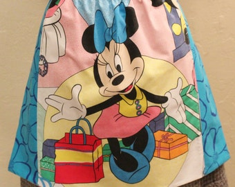 Minnie Mouse Apron - Handmade and OOAK - From Vintage Walt Disney Sheet