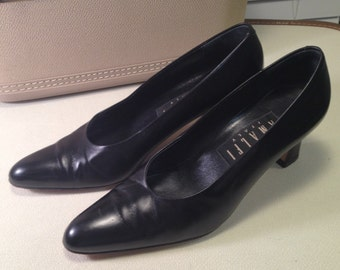Luxe Leather: Black Amalfi 80s Pumps