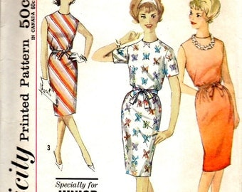 Simplicity 4348 1960s Junior Petite EASY Dress Pattern Womens Vintage Sewing Pattern Size 11 Bust 33