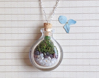 Terrarium Necklace - Hand Blown Glass