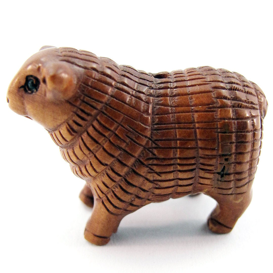 Sheep or lamb hand carved boxwood ojime bead