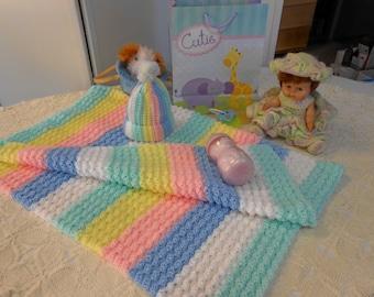 Crocheted BabyAfghan in Rainbow colors