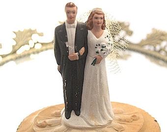 Vintage 1950's  Wedding Cake Topper Bride Groom Bridal Brunettes Chalkware