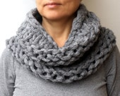 Chunky Scarf Charcoal Circle Thick Knit Cowl Scarf Slate Grey Gray Hand Knit  Women's Scarves
