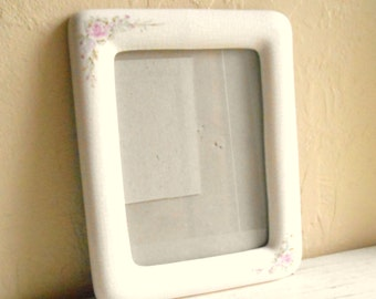 Vintage Porcelain Picture Frame of Roses and Flowers with Glass Rectangle Oval Opening 2 x 3