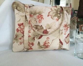 Floral Cotton Pocketbook