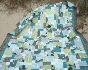 Teal Green and White Coastal Bed Quilt
