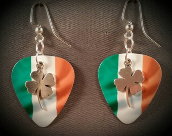 "Guitar Pick earrings ""Shamrocks"""