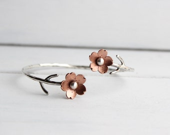 Cherry Blossom Flower Branch Cuff, Spring jewelry, 1 Sakura bracelet, Gifts For Mom, Spring Wedding Jewelry, Plum Blossom, Wedding Jewelry,