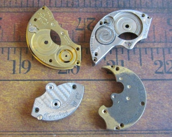 Vintage metal pocket Watch plates   - Steampunk - Scrapbooking r48