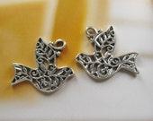 10 pcs 27x23mm - Antique silver bird charms (CM026)