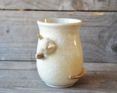 Licking cat - MADE TO ORDER - Stoneware Cat-Tea Mug  in cream -  Stoneware  - teacup