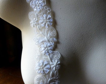 """18"""" Ivory Cream Beaded Trim White Sequins for Bridal, Costume or Jewelry Design, Crafts"""