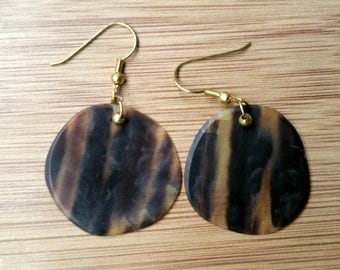 Items similar to hand carved sea turtle shell on etsy for Real tortoise shell jewelry