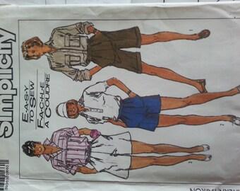 Easy Shorts Golf Walking Shorts Cuff and flare leg option  1012 14 Simplicity 8087