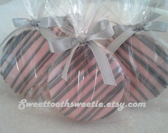 Baby Shower Pink and Gray Chocolate Covered Oreos Cookies Wedding Favors Pink Gray Cookies Christening Favors Pink Baptism Favors Edibles