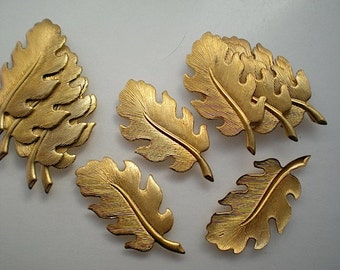 12 brass leaf charms, No. 5
