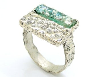 Hammered Square silver ring with roman glass