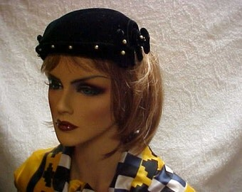 Sale. Black velvet fascinator hat with faux pearls adornment- spreads to fit