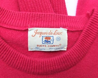 Coral Pink Cashmere Sweater - size 36 Women's Medium - Jacques de Loux Bucks County PA - Fully Fashioned - Preppy Winter Chic