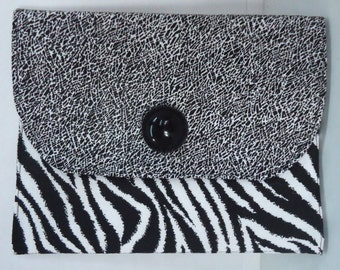 E-reader cover. Nook Cover. Kindle Cover. Zebra Print. Black and White. Handmade. One of a kind