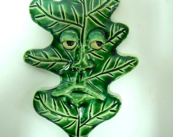 Lazy Oak leaf Ceramic Mask-wall art-green leaf mask-garden decor