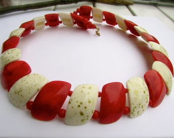 Fabulous vintage necklace - red and creamy white - perfect for the holidays.