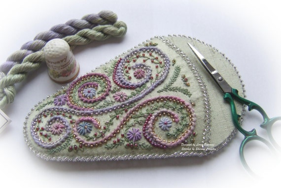 Swirls and Whirls Scissorkeeper  Green Kit