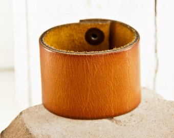 Eco Friendly Bracelet - Natural Nature Jewelry - Woodland Earthy Unqiue Leather Cuff - Original Jewelry - Simple Modern - Valentine's Day