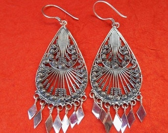 Balinese Sterling Silver dangle Earrings / 2.65 inches long  / Bali handmade jewelry / silver 925