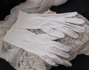 """Vintage White Ivory Ladies Nylon Stretch Gloves 13"""" Inch Long"""