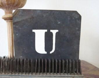 "1 vintage brass U stencil, letter U, capital U, 2 1/2 inch stencil, 2 1/2 "" stencil U old stencil, old U stencil, rustic, primitive, antique"