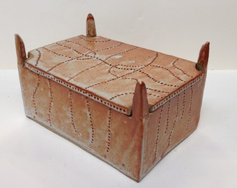 Orange Shino Glazed 4 Posted Box with  Embossed String Patterns