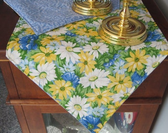 Yellow Daisy Table Runner 54 Inch Reversible  White Daisies Table Runner Yellow and Blue Table Runner  Spring Daises Table Runner