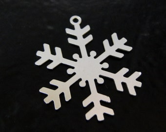 Sterling Silver Snowflake 23x28mm