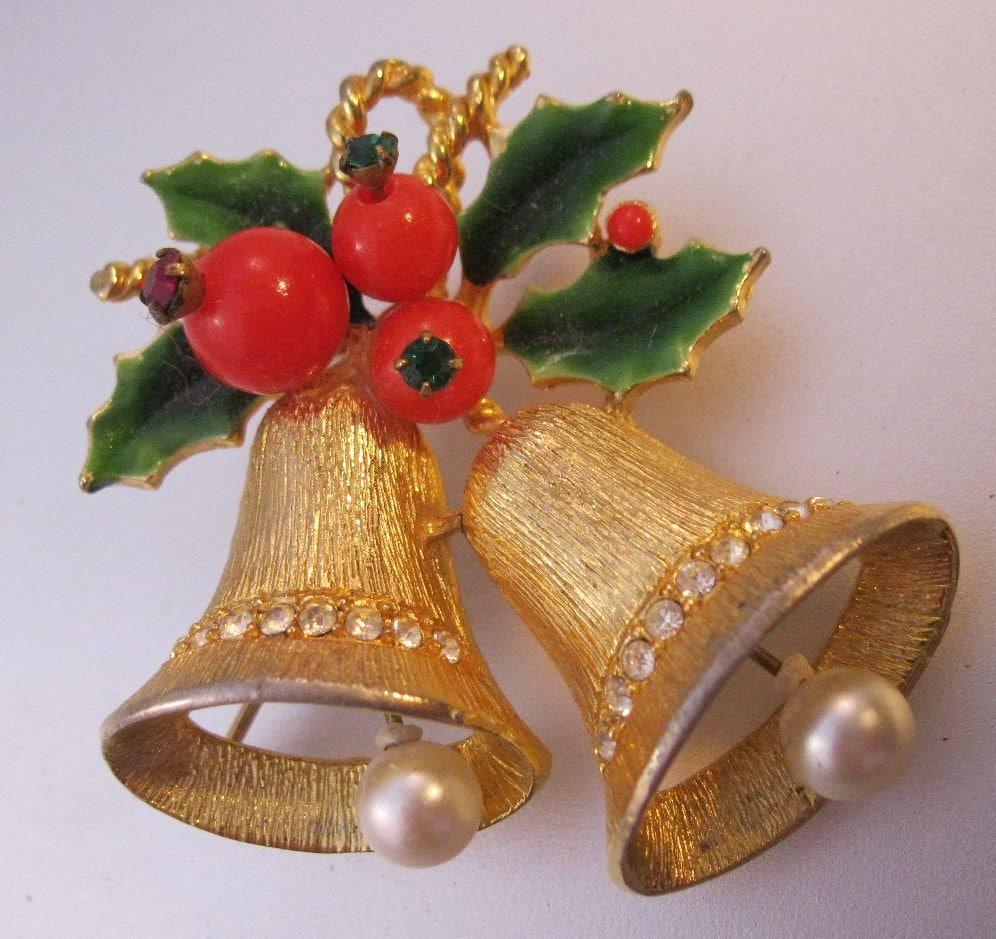 Vintage 1950s Christmas Bells & Holly By BrightEyesTreasures