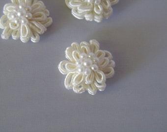 Off White Fancy Lace Flower