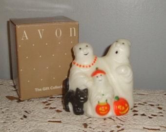 Avon Ghostly Glow Figure, Green Glow In Dark Trick or Treaters, Gift Collection, Ghosts, Pumpkins, Black Cat, Unscented Wax, No. 2 (284-15)