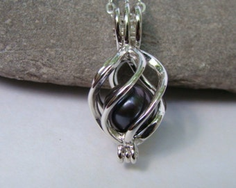 Sterling Silver Caged Black Pearl Pendant Necklace