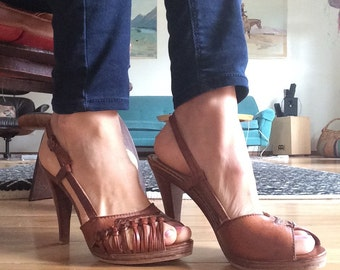 1970s Leather and Wood Heels Sz 8