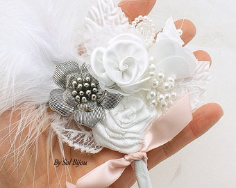 Groom Boutonniere, Brooch Boutonniere, White, Blush, Pink, Corsage, Button Hole, Bout, Groomsmen, Brooch, Pearls, Elegant, Feathers