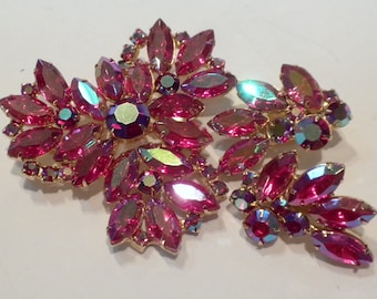 Red Rhinestone Brooch Earrings Aurora Borealis