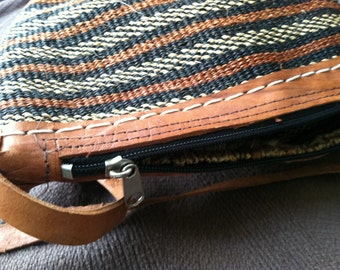 FREE SHIPPING 1970s leather and fibre boho woodland shabby chic bag