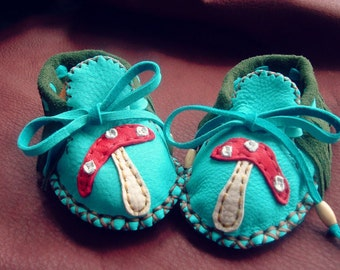 Woodland Mushroom Deerskin Leather Baby Moccasins / Booties (size 3-6 months)